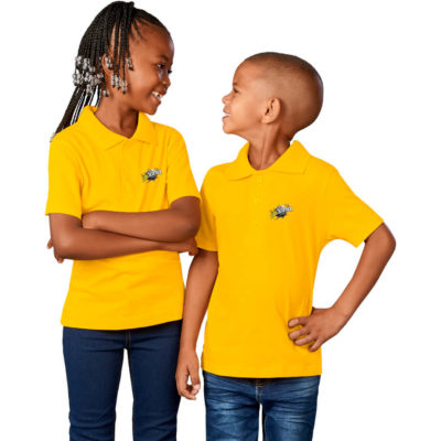 The Kids Michigan Golf Shirt is made with 165g/m2 of 100% cotton. The shirt has side slits and a four button placket, that comes in multiple colours and sizes.