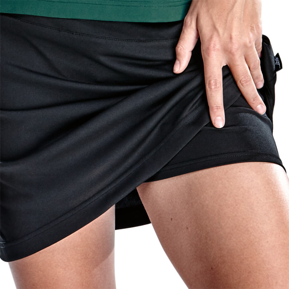 The Black Kiddies BRT Motion Skort Is Made From 100% Polyester. The Skort Features A Built In Inner Shorts, Concealed Elasticated Waistband With Flat Draw Cord,Adjustable Draw Cord And A Cover Seam Hem.