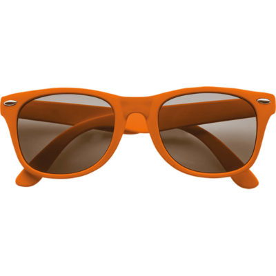 The Classic Fashion Sunglasses is plastic and comes in a solid orange colour with UV 400 protected black lenses.