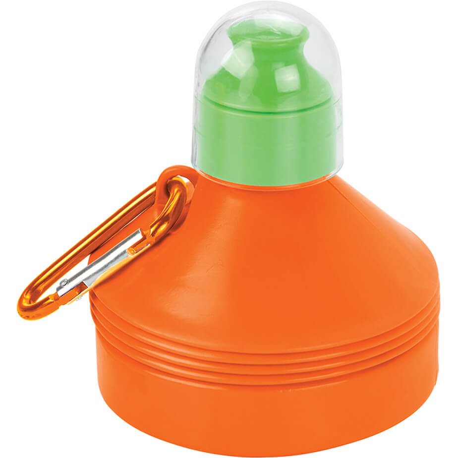 The Orange 600ml Collapsible Water Bottle With Carabiner Clip Is Made From PE,PS. The Bottle Will Be Perfect While Having Your Refreshing Drink.
