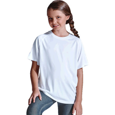 The 135g Kiddies Polyester T-Shirt is made from 100% polyester Hi-tech moisture management fabric with a crew neckline and raglan sleeves.