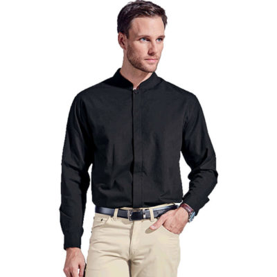 The Mens Barista Lounge Long Sleeve is made from a lightweight poly cotton fabric. It includes a mandarin collar, a curved hem, a concealed button stand with the top button visible and double button cuffs with a button-through gauntlet