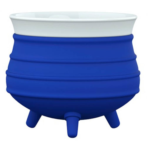 The Poykie Ceramic Pot With a silicone cover, in blue is very versatile and can be used for anything. Made from ceramic and silicone, packed inside a giftbox.