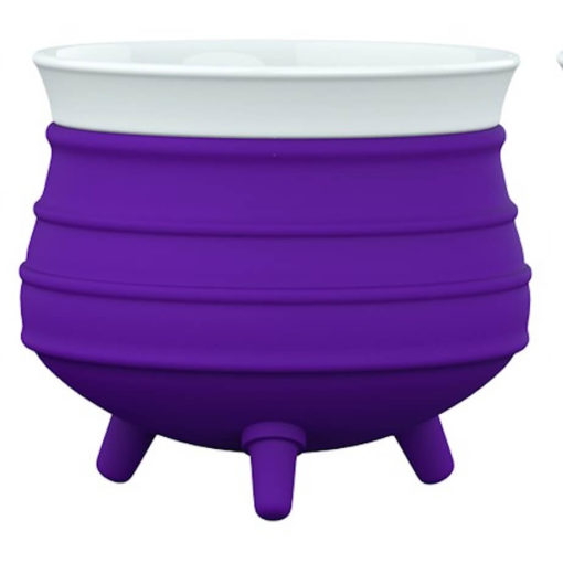 The Poykie Ceramic Pot With a silicone cover, in purple is very versatile and can be used for anything. Made from ceramic and silicone, packed inside a giftbox.