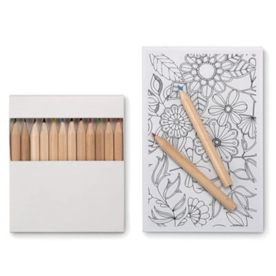 The Relax Colouring Set includes ten paper cards with amazing pictures for you to colour with twelve high quality wooden pencils.