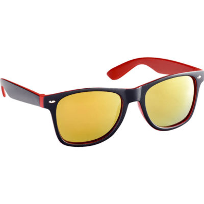 The Jordy Sunglasses in red has UV400 protection lenses, made from PP material