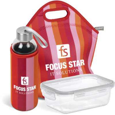 The Kooshty Quirky Refreshment Kit in red. Contains a neoprene lunch bag, 500ml glass bottle with matching red neoprene sleeve and a clear glass container with a snap lock lid