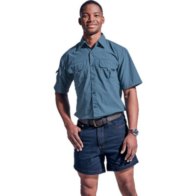 The Bundu Denim Shorts in the colour blue is made from 11 Oz cotton/ polyester/ viscose denim.