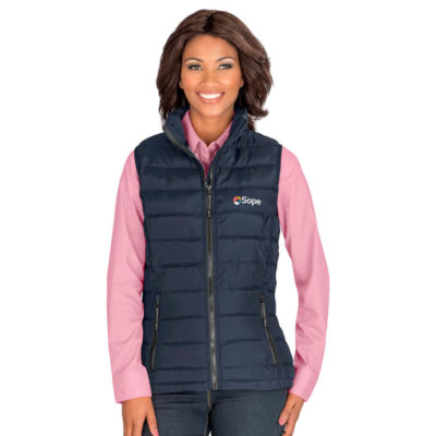 The Ladies Norquay Insulated Bodywarmer is a navy 100% polyester woven water resistant body warmer with a polyester lining and faux down polyester filling. Features padded and quilted outer and lining, zip pockets with branded zip pullers, chin protector, wind placket and elasticated binding on the hem and armholes