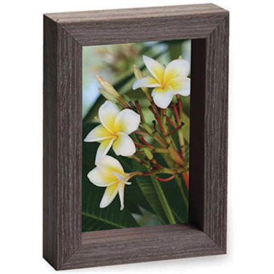 The Wooden Slip Frame Medium is made from wood, it can be used as a decoration piece.