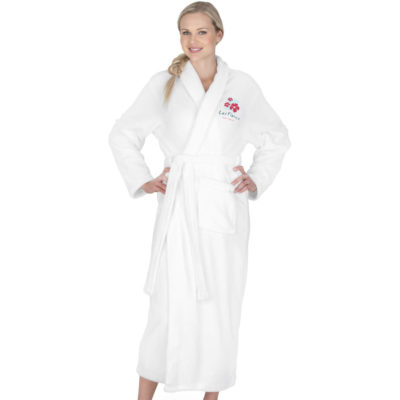 The Bloomington Ladies Bathrobe is a plain white 245g.m2 coral fleece gown with a belt closure, two belt loops on either side and two pockets on the front for storage. Packaged in a white PP non-woven drawstring bag with black string closure