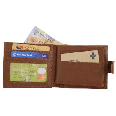 The Bounty Wallet has a zip compartment, multiple card holders, coin pocket and a ID holder.