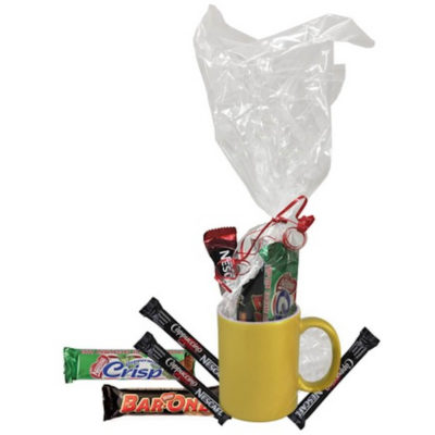 The Metallic Gold Mug Hamper contains a grade A ceramic mug with a glitter coating, cappuccino sachets, peppermint crisp and a Nestle Bar-One