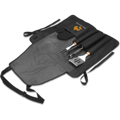 The Apron Braai Set includes a black 600D apron with a neck strap and multiple storage compartment to store the stainless steel braain tool with wooden handles. The tools include a tong, fork, spatula and a black 100% cotton glove