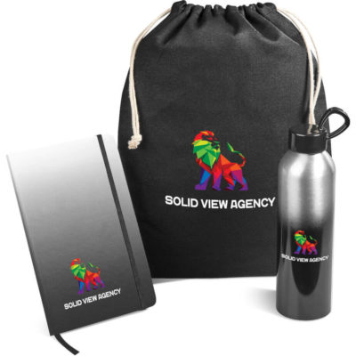 The Breeze Gift Set in black consists of a aluminium BPA free 650ml water bottle, a A5 notebook with 160 lined pages and a cotton drawstring pouch