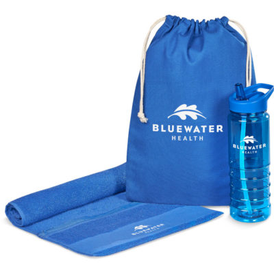 The blue Cardio Active Set features a 750ml BPA free water bottle, a cotton sports towel and a cotton drawstring pouch.