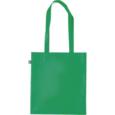 The Frilend Bag is a green laminated recycled PET plastic bag with a 100g/m2 matte finishing, long carry handles with reinforced stitching, a main compartment and a RPET distinctive flag label on the side