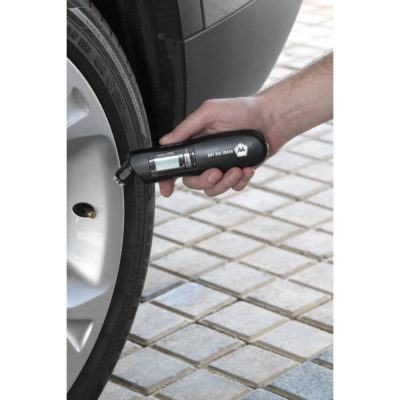 The Stac 3-In-1 Digital Tyre Gauge is a black hand held ABS tool designed with mutliple functions to measure the pressure of your tyres. The battery operated tool includes batteries, has an clear LCD display, a LED light and an ON button to toggle between functions. Packaged ina yellow STAC pre-branded presentation box